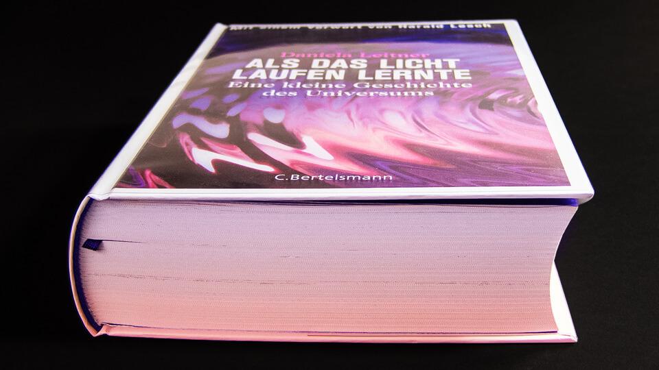 Daniela Leitner / Als das Licht laufen lernte / Eine kleine Geschichte des Universums / Rotverschiebung Papier